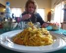 Tagliatelle fresche con trota e zucchine