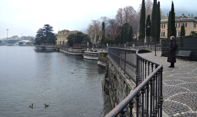 PanoramaPasseggiataLagoComo2_1500